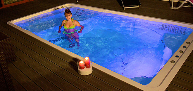 Swimspa Pool mit LED