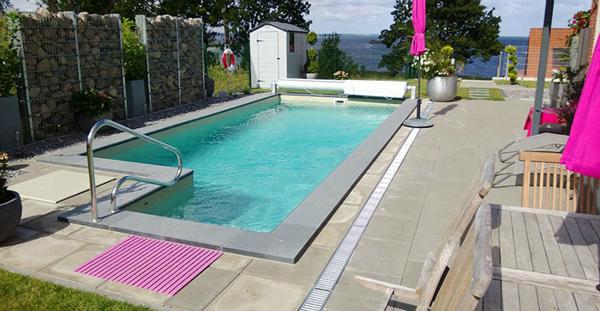 Premium Pool C-S+ mit integrieter Skimmeranlage
