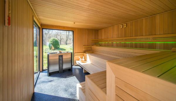 gartensauna nach ma lux vii optirelax blog. Black Bedroom Furniture Sets. Home Design Ideas