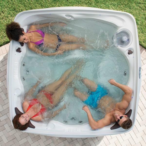 Outdoor Spa Whirlpool im Sommer Saint Tropez