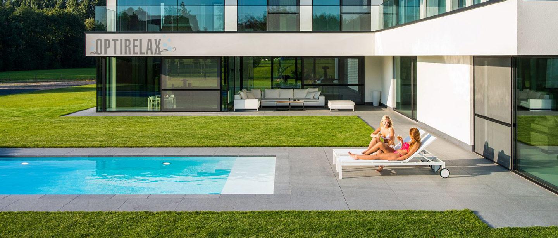 Modernes Schwimmbecken im Garten bauen