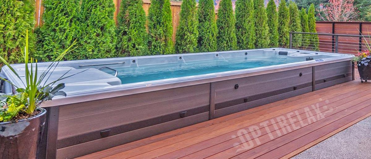 Swimspa Pool eingebaut in die Terrasse - Pool mit Whirlpool