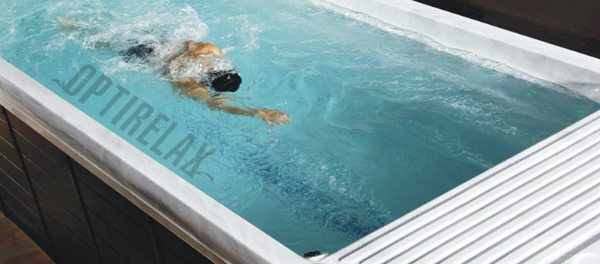Turbinen-Swim Spa Pool mit Ueberlauf Spirit L
