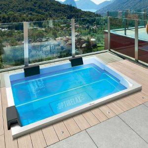 Luxus Design Spa-Whirlpool auf dem Balkon GT-R - Optirelax Blog