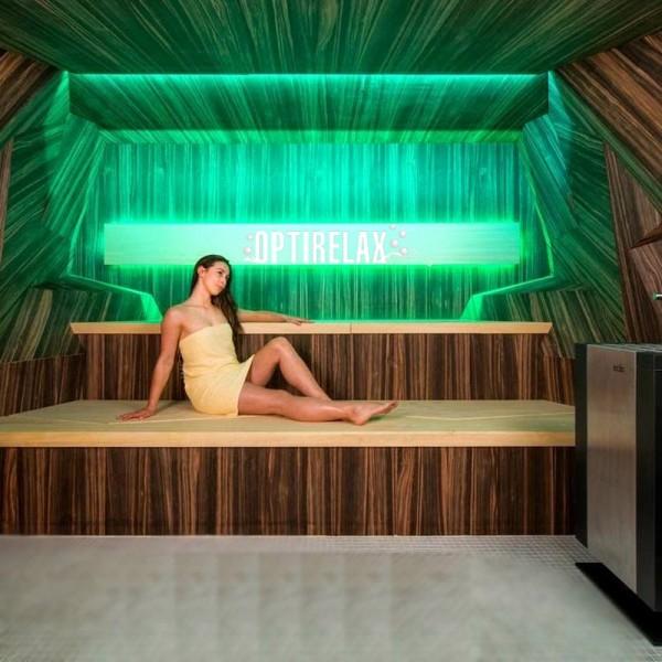 Design Sauna Stylo mit Bluetooth-Verbindung und zwei Lautsprecherboxen